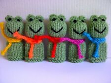 5 Little Frogs - Hand Knitted Finger Puppet Toys / Animals / Birds - NEW