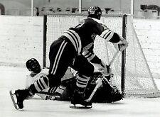 1969 Original Photo Finland Hockey Jorma Peltonen vs USA at World Championships