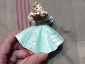 VINTAGE FIGURINE GIRL OF THE MONTH AUG 1853 LEFTON