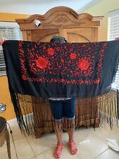 """""""silk fringe piano shawl"""" manton  De Manila Negro Bordado En Rojo"""