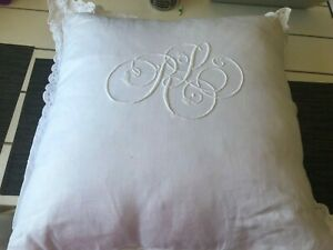 Ralph Lauren  Leyton white  Linen Throw Pillow 22x22 retail $595!!! Fantastic