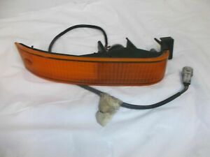 89-92 Ford Probe OEM Right Front Passenger Turn Signal Marker Park Light Lamp