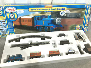 Hornby Thomas Passenger & Goods Train Set boxed VGC
