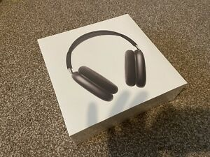 BRAND NEW SEALED AirPods Max Space Grey A2096 Headphones Smart Case