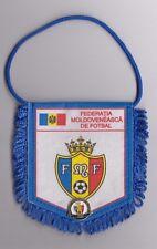 RARRE OLD VINTAGE FLAG + PIN BADGE - Federatia Moldoveneasca de Fotbal FMF !