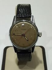 Vintage Universal Geneva Stainless Steel 17 Jewels Manual Wind Cal. 267 Watch