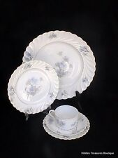 Haviland Limoges Bergere Gold Verge 5 Pc Place Setting Blue Floral Scalloped