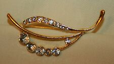 White Leaf Goldtone Brooch Pin Dainty Open Goldtone Swooped Sparkling