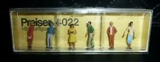 Preiser, Vintage, New Package, Item# 4022, Ho scale, Group of Standing People, 6