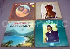 Lot of 4 Vintage Records: Waylon Willie Aretha Franklin Wilon Pickett Earl Grant