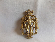 CORO VTG Designer Signed Coat of Arms Knight Goldtone Victorian Pin Brooch