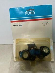 Vintage NEW in Package ERTL Ford 846 Die Cast Metal Tractor 1:64 Scale