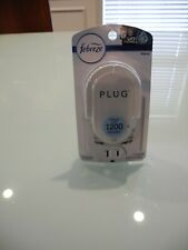 NEW IN PACKAGE FEBREZE PLUG 1 ALTERNATING SCENTED OIL WARMER PLUG IN ONLY