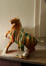 TANG-PFERD aus Keramik.35 cm.hoch.Gestempelt.