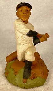 JOLTIN JOE-R 1999~Tom Clark Gnome~Cairn #5403~Ed #31~For Baseball's Joe DiMaggio