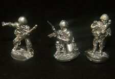 SHQ JA04c 1/76 Diecast WWII Japanese NCO's with Rifles wearing Covered Helmets