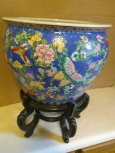 Stunning Chinese Oriental Large Pottery Fish Bowl, Planter, Jardinier Vase