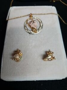 "Black Hills Gold, Leaf and Grapes Necklace w/ 18"" gold plated chain& earrings"
