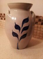 Williamsburg Salt Glaze Stoneware Crock Pottery Blue & Clay Vase Floral 2007
