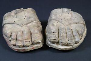 Paar Füße einer barocken Heiligenfigur Holz geschnitzt 17./18.Jhd (CM406)