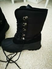 Snow Boots Size 8 (Mens)