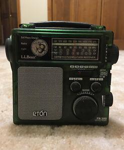 L.L. Bean Eton FR 300 emergency radio weather siren hand cranked crank