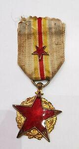 Médaille Décoration Des Blessés. Émaillé Cassé. AD4141