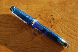 Pilot Custom Heritage 92 fountain pen, Broad nib. Fantastic writer.