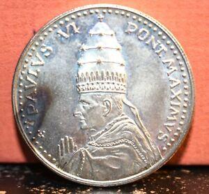1975 Pope Paul VI, PAULUS VI PONT. MAXIMUS 35mm Silver Medal Anno Santo Reverse