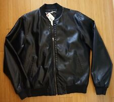 NEW MENS FAUX LEATHER VARSITY STYLE JACKET-SZ M SEE MEASUREMENTS
