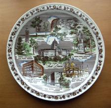 Vernon Kilns South Dakota collector plate~Corn Palace~Mt Rushmore~Multicolor-Nr