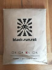 Space Invader Black Sunset T-shirt Size Large. Brand new!