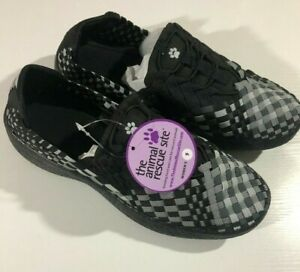 Woven Walking Shoes Black/Gray/Silver from the Animal Rescue Site - Women's 9