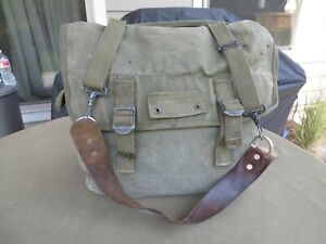 WWII MUSETTE BAG PACK US ARMY 1945 PARATROOPER RARE leather strap COMPLETE