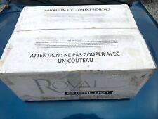 """Rare"" Vintage Royal Upright Metal Vacuum Cleaner Model myr8300"