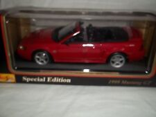 Maisto 31861 Ford Mustang GT Convertible 1999 Red 1/18 Mint & Boxed
