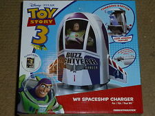 NINTENDO WII TOY STORY BUZZ LIGHTYEAR ASTRONAVE Remote Dock Caricabatteria NUOVO Wii-Mote