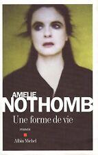 AMELIE NOTHOMB UNE FORME DE VIE + PARIS POSTER GUIDE