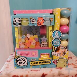 The Original Moj Moj Real Working Claw Machine W/ 6 Moj Moj Squishies Included