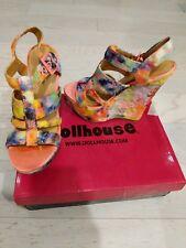 Dollhouse shoes size 6.5