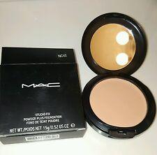 MAC Studio Fix Powder Plus Foundation Compact 15g NC 42
