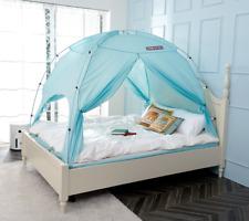 Besten Floorless Indoor Privacy Tent on Bed with Color Poles for Cozy Sleep in