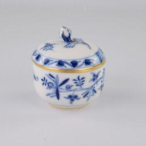 Meissen Blue Onion, Lidded Jar A/F