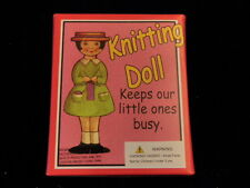 Knitting Doll Kit How to Knit on Spool Makes Yarn Bracelets Complete Unused A32