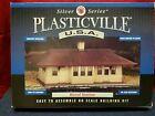 PLASTICVILLE #45521 RURAL STATION HO scale - No box - lot A