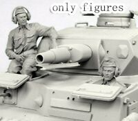 1/35 Resin WWII German Tank Crew 2 Soldiers Unpainted Unassembled QJ061