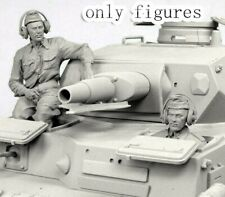 1/35 Resin WWII German Tank Crew 2 Soldiers Unpainted Unassembled QJ061