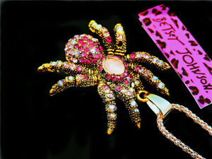 Betsey Johnson Lovely Spider Crystal Pendants Sweater chain necklace