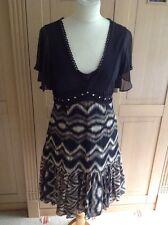 GREAT KAREN MILLEN BLACK/BEIGE PATTERNED DRESS UK SIZE 12 WORN GOOD CONDITION