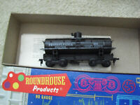 Vintage HO Scale Roundhouse Pennsylvania Old Timer Tank Car in Box 3361